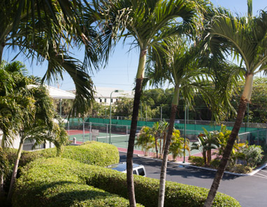 Tennis court at Casa Caribe