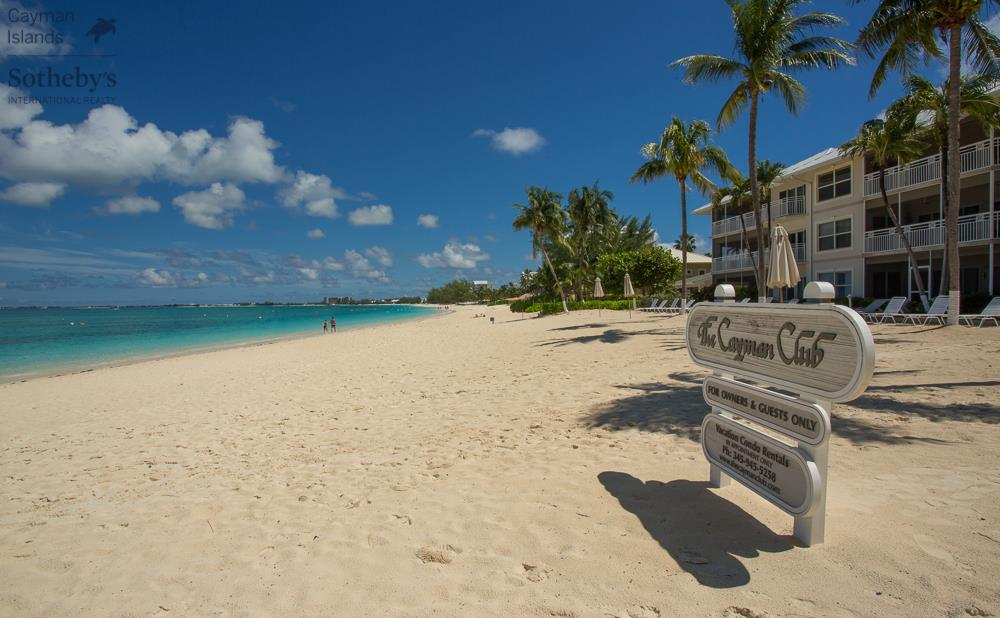 View across Seven Mile Beach to Caribbean Sea from Cayman Club