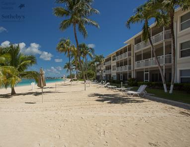 The Cayman Club on Seven Mile Beach, Grand Cayman
