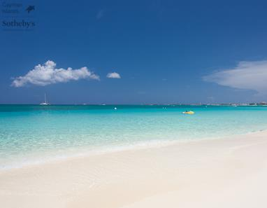 Seven Mile Beach in front of Villas of the Galleon, Grand Cayman