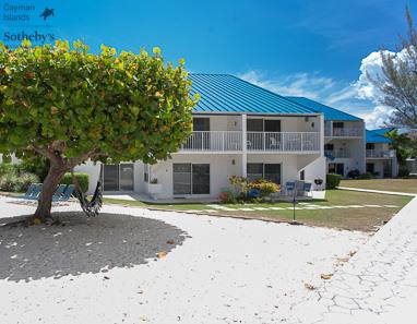 Beach front condominiums at Villas of the Gallon